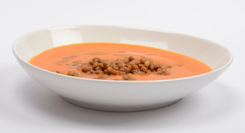 Gazpacho con lentejas y aroma de romero