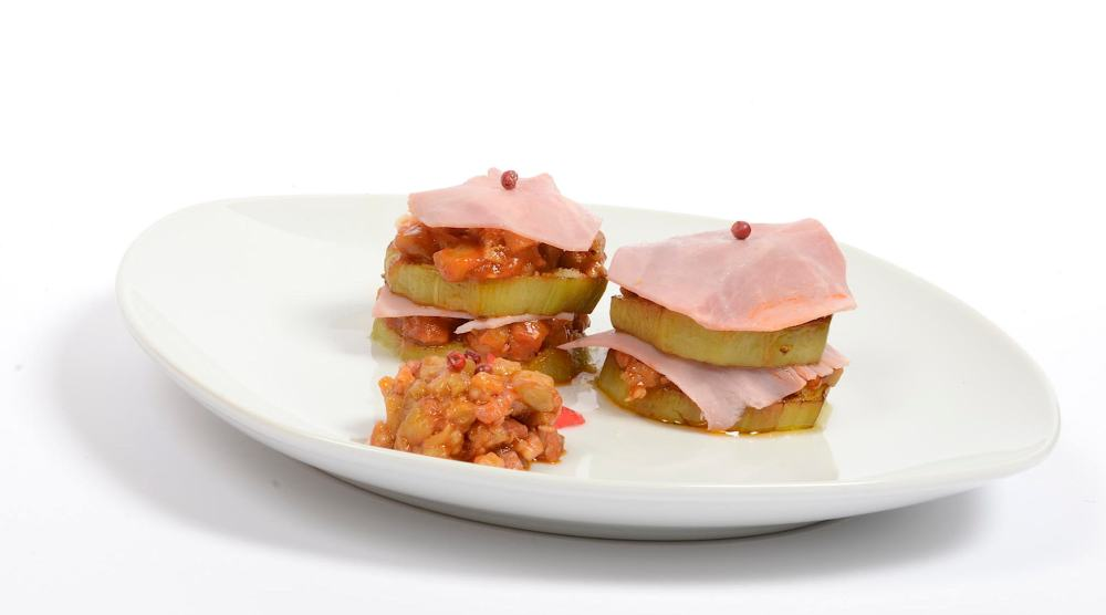 Timbal de verduras con queso parmesano y jamón york